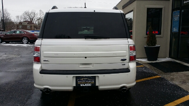 2014 ford flex towing package autos post for Majeski motors sterling illinois