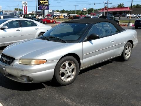 2000 Chrysler Sebring for sale in Sterling, IL