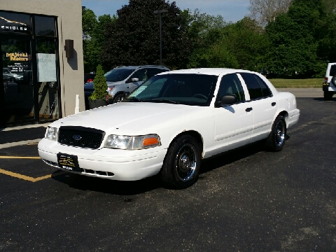 2008 Ford Crown Victoria for sale in Sterling, IL
