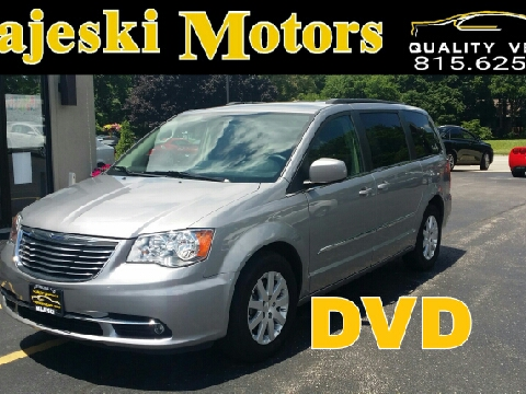Used 2016 chrysler town and country for sale sterling il for Majeski motors sterling il