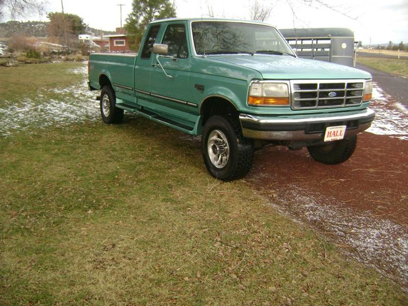 1996 ford f 250 2dr xlt 4wd extended cab lb hd in redmond or hall truck auto sales inc. Black Bedroom Furniture Sets. Home Design Ideas