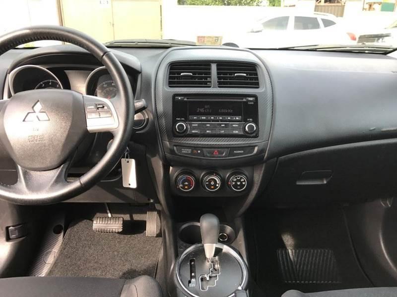 2015 Mitsubishi Outlander Sport ES 4dr Crossover CVT: 2015 Mitsubishi Outlander Sport ES 4dr Crossover CVT 27681 Miles  Wagon 2.0L I4