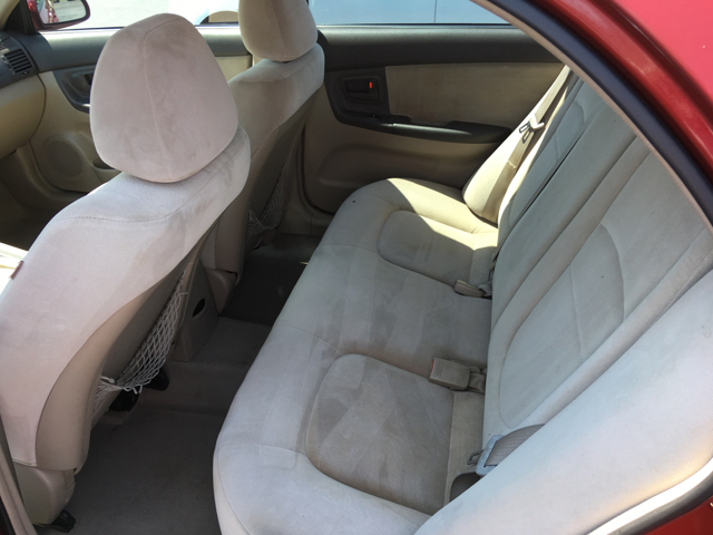2004 Kia Spectra EX 4dr Sedan (2004.5) - Cape Girardeau MO