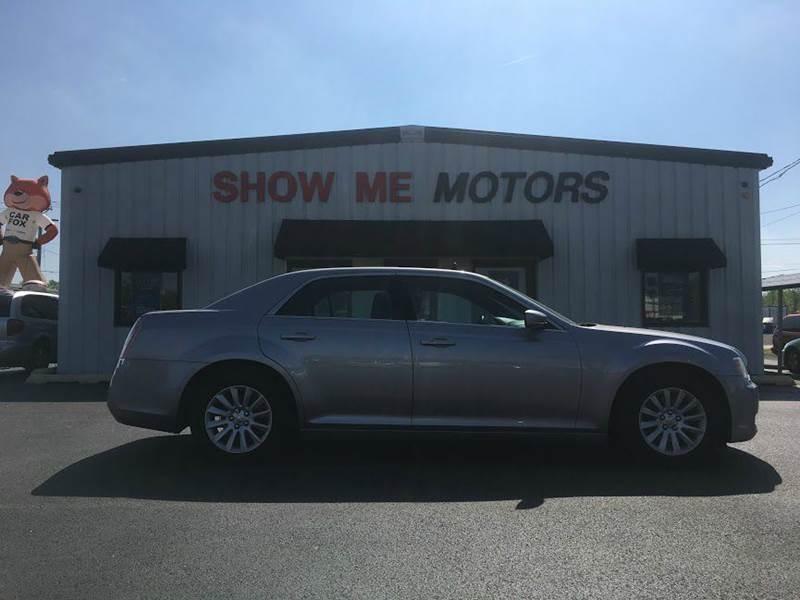 2013 Chrysler 300 4dr Sedan - Cape Girardeau MO