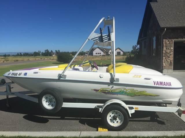 1997 Yamaha Boat