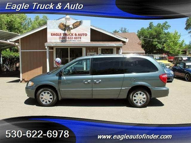 2005 Chrysler Town and Country for sale in El Dorado CA