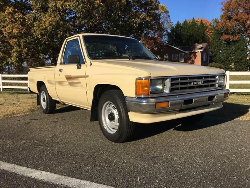 1987 Toyota Pickup 2dr Standard Cab Sb In Lynchburg Va T