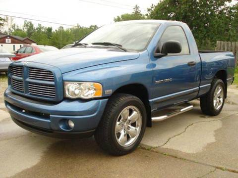 2004 Dodge Ram Pickup 1500 for sale in East Claridon, OH