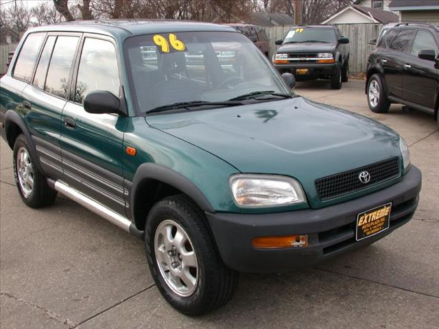 1996 TOYOTA RAV4 for sale in Des Moines IA