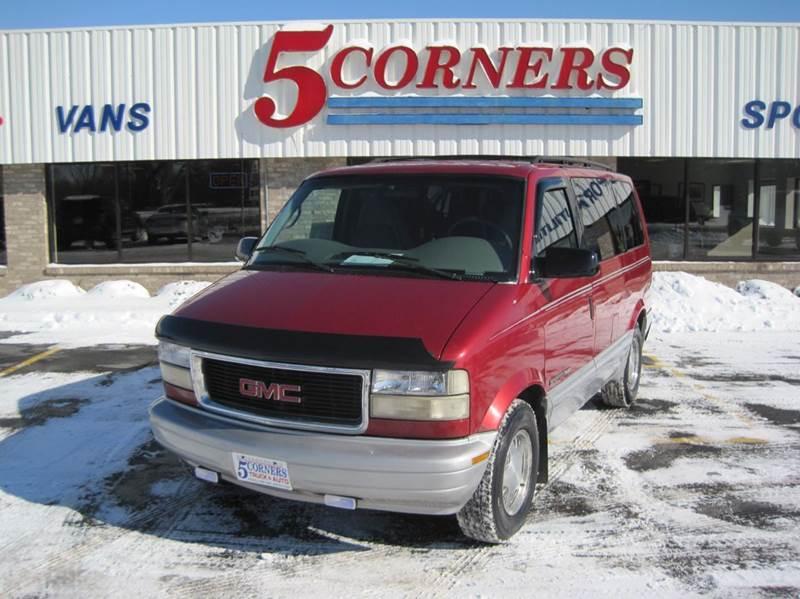 1999 GMC Safari for sale in Cedarburg, WI