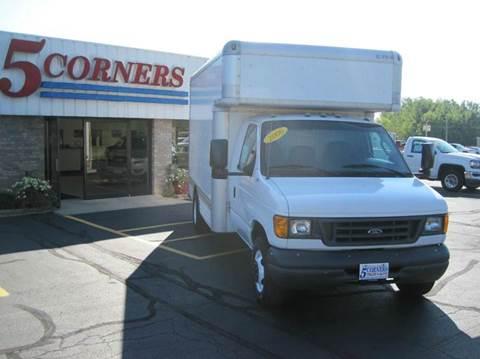2006 Ford E-450 for sale in Cedarburg, WI