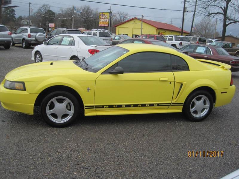 2002 Ford Mustang Base 2dr Coupe - Cape Girardeau MO