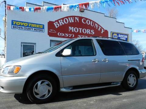 2002 Toyota Sienna for sale in Russellville, OH