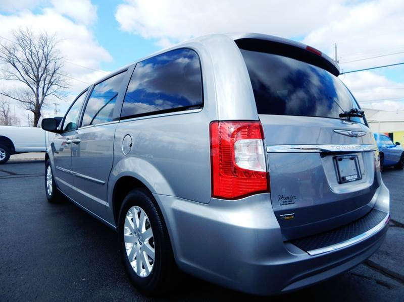 2015 chrysler town and country in carthage mo premier auto sales. Cars Review. Best American Auto & Cars Review