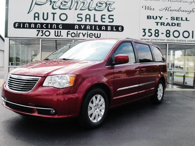 2014 Chrysler Town and Country for sale in CARTHAGE MO