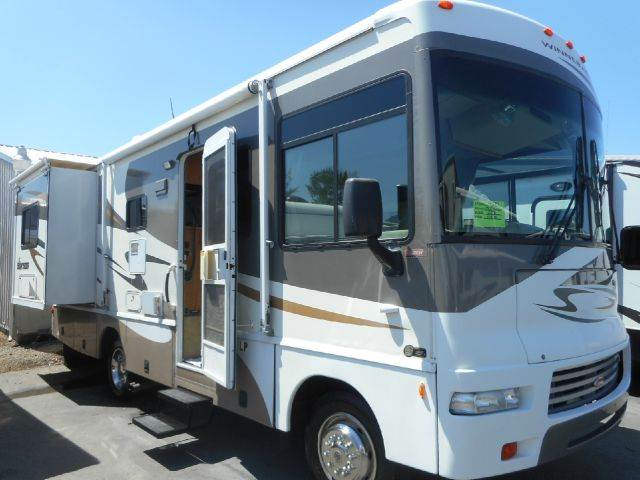 2007 Winnebago Sightseer 26P 2 Slides