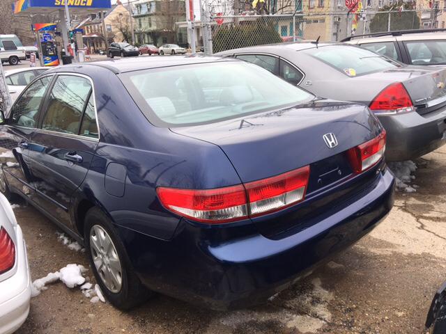 2004 Honda Accord LX 4dr Sedan w/Side Airbags - Philadelphia PA