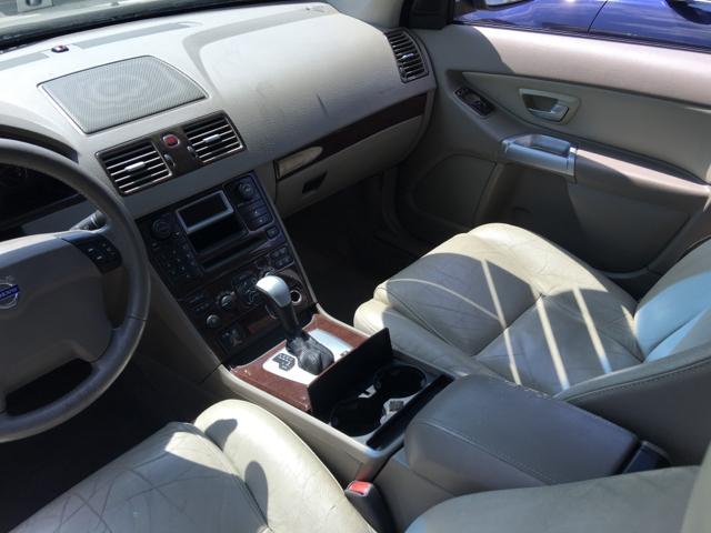 2004 Volvo XC90 2.5T AWD 4dr Turbo SUV - Philadelphia PA