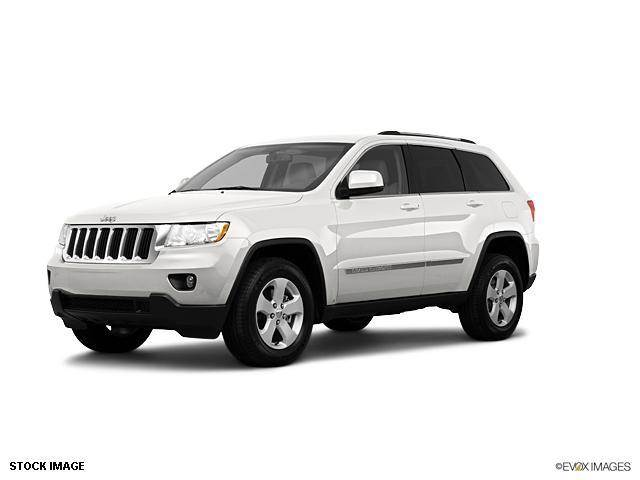 2011 Jeep Grand Cherokee - RIVERSIDE, CA