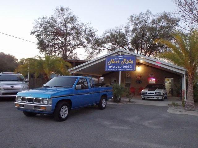 1996 nissan pickup for Kuhio motors service department