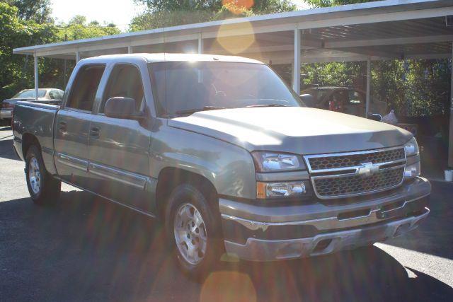 2006 CHEVROLET SILVERADO 1500 LS2 CREW CAB 2WD silver birch metallic 2006 chevrolet silveradocl