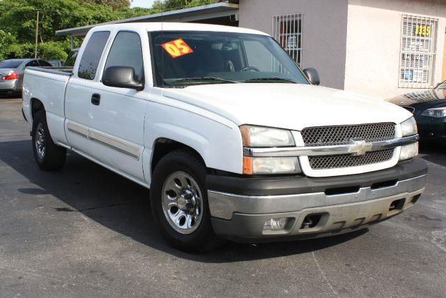 2005 CHEVROLET SILVERADO 1500 EXT CAB SHORT BED 2WD summit white 2005 chevrolet silverado 1500 e