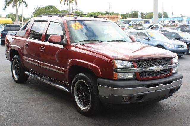 2005 CHEVROLET AVALANCHE 1500 2WD sport red metallic 2005 chevrolet avalanche 1500 2wdleather