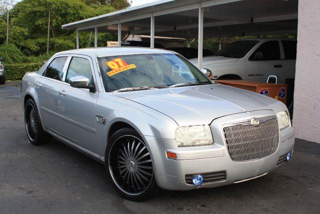 2007 CHRYSLER 300 TOURING 4DR SEDAN bright silver metallic 2007 chrysler 300 touring leather