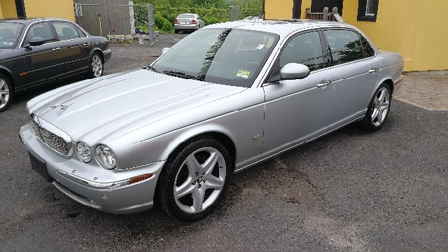 2006 Jaguar XJ-Series XJ8 L 4dr Sedan - Hazlet NJ