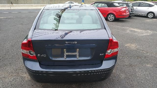 2007 Volvo S40 2.4i 4dr Sedan - Hazlet NJ