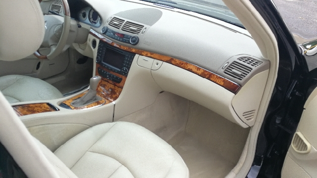 2005 Mercedes-Benz E-Class E 500 4MATIC AWD 4dr Sedan - Hazlet NJ