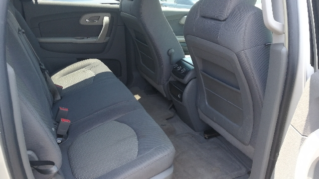 2009 Chevrolet Traverse AWD LS 4dr SUV - Hazlet NJ
