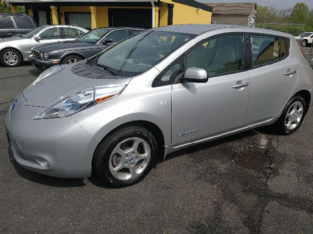 2011 Nissan LEAF SL 4dr Hatchback - Hazlet NJ