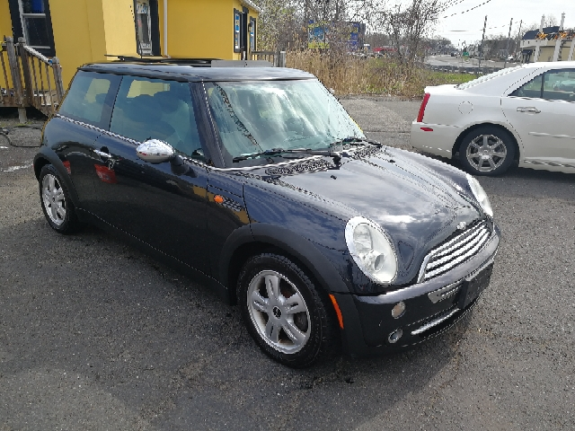 2005 MINI Cooper 2 door hatch - Hazlet NJ