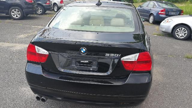 2006 BMW 3 Series 330i 4dr Sedan - Hazlet NJ