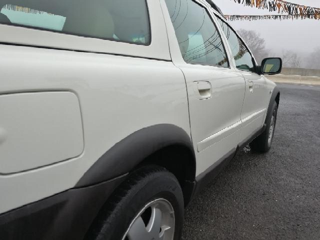 2002 Volvo XC Base AWD 4dr Turbo Wagon - Hazlet NJ