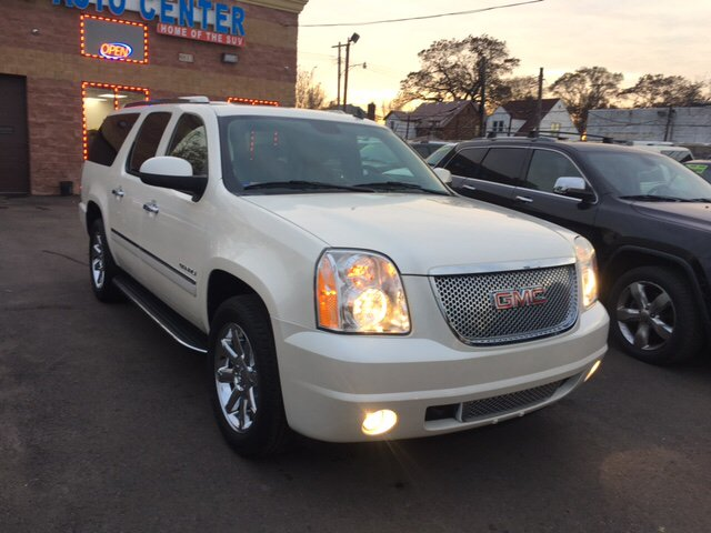2010 Gmc Yukon Xl car for sale in Detroit