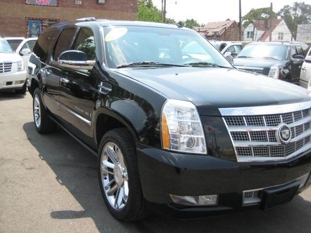 2008 Cadillac Escalade Esv car for sale in Detroit