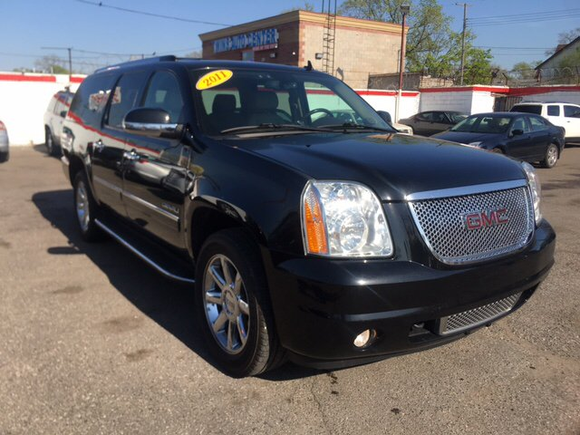 2011 Gmc Yukon Xl car for sale in Detroit
