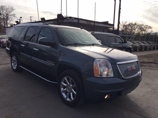 2008 gmc yukon xl denali awd 4dr suv in detroit mi twin 39 s auto center inc. Black Bedroom Furniture Sets. Home Design Ideas