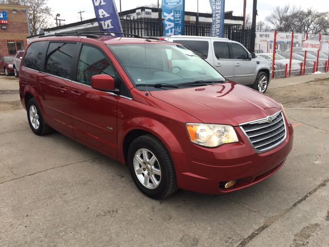 2008 chrysler town and country touring 4dr mini van in detroit mi twin 39 s auto center inc. Black Bedroom Furniture Sets. Home Design Ideas