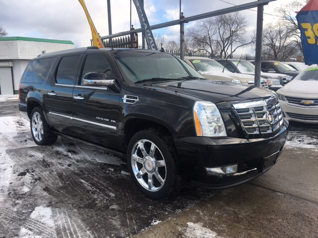 2011 Cadillac Escalade Esv car for sale in Detroit