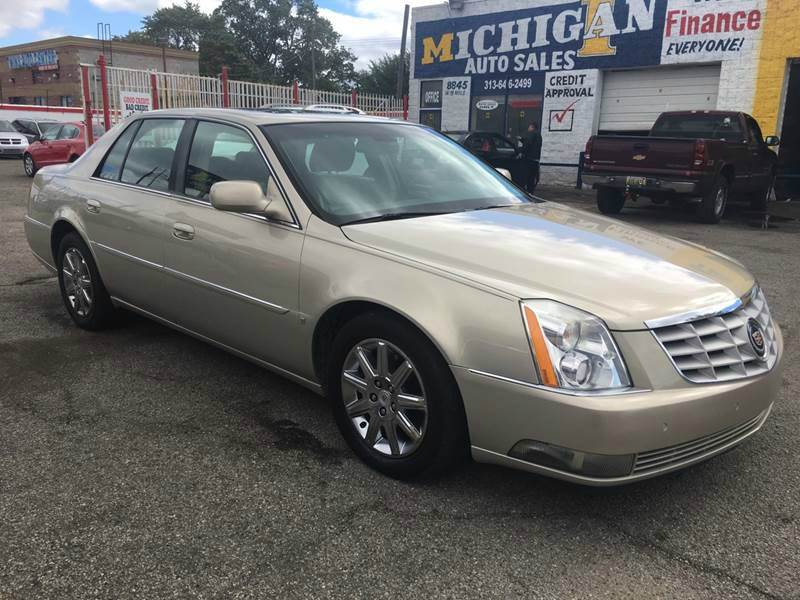 2009 Cadillac Dts car for sale in Detroit