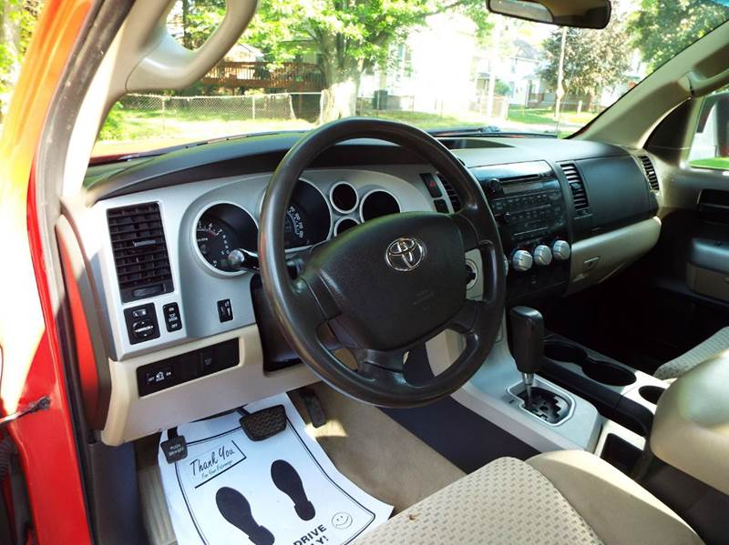 2007 Toyota Tundra SR5 4dr Double Cab 4WD SB (5.7L V8) - Canton OH
