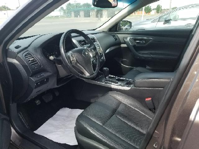2014 Nissan Altima 2.5 SL 4dr Sedan - Hutchinson KS