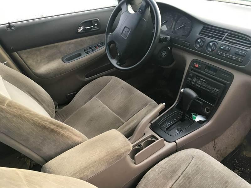 1994 Honda Accord LX 4dr Wagon - Brimfield MA