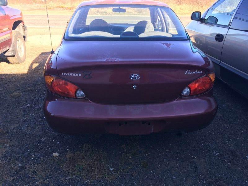 1999 Hyundai Elantra GL 4dr Sedan - Brimfield MA