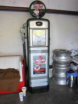 1950 Texaco Gas Pump