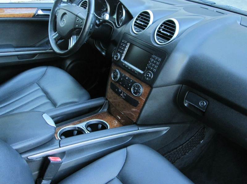 2007 Mercedes-Benz M-Class ML350 AWD 4MATIC 4dr SUV In West