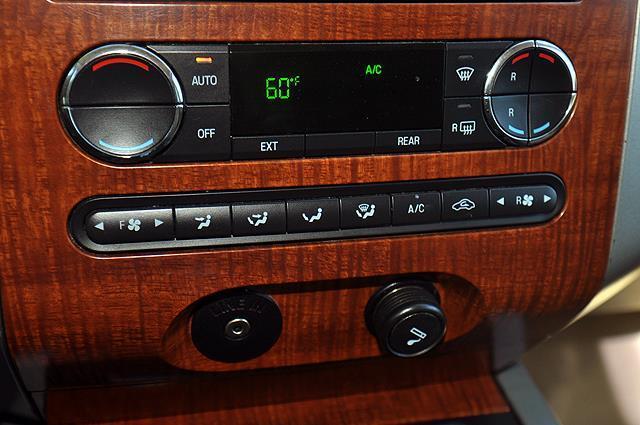 2007 Ford Expedition Eddie Bauer 4dr SUV 4x4 - Newport News VA
